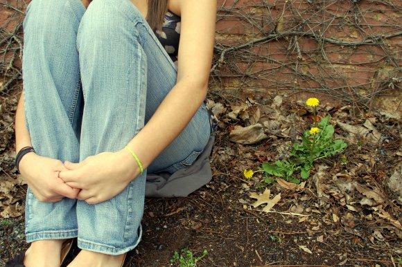 girl-knees
