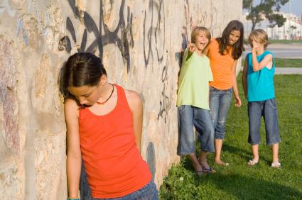 schoolyard-bullying